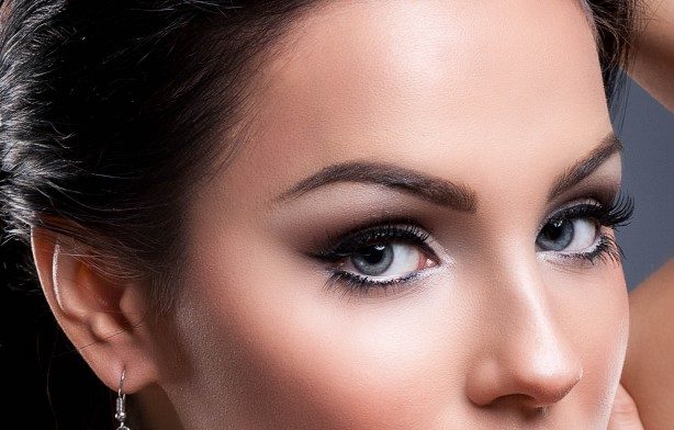 volume-lash-extensions-complimentary-glitter-toes-or-gel-polish-6-5778492-regular